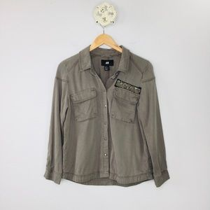H&M Lyocell army olive military patch style top